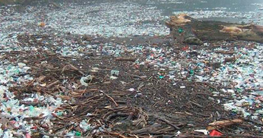 Recycler le plastique des océans